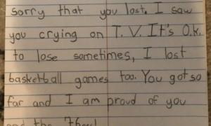 暖心!恩比德赛后落泪 9岁球迷写信安慰:为你骄傲